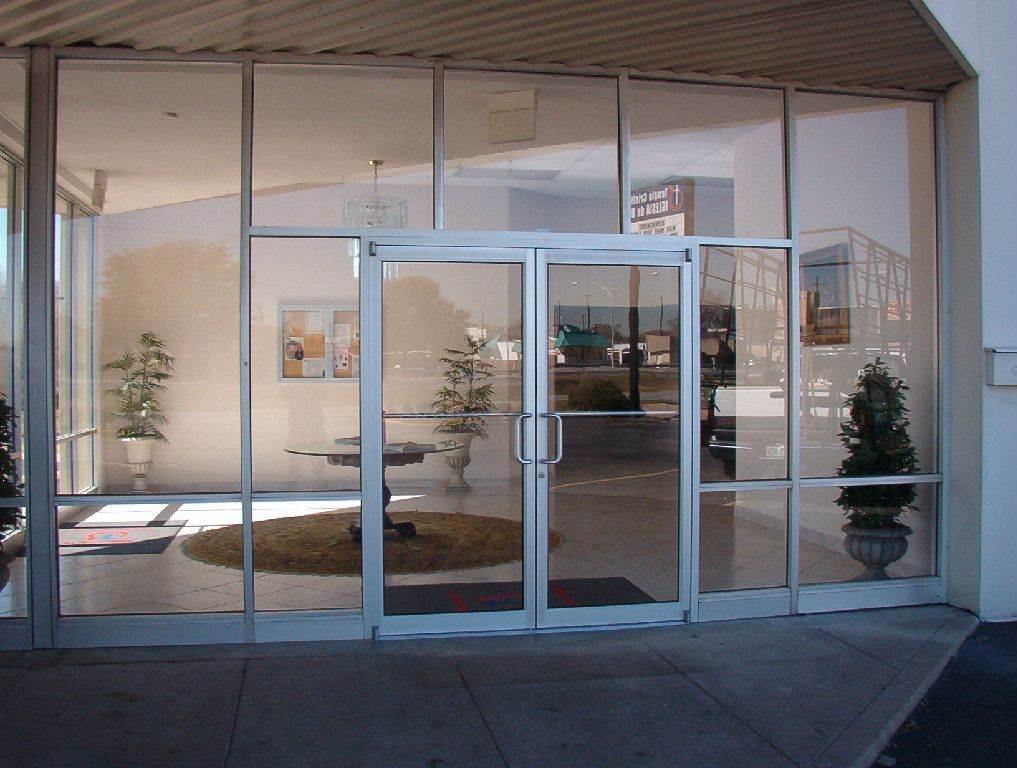 Commercial Glass Work Commercial Store Front Replacement And Installation Safety Glass Installation Custom Door Repair Door Installation Window Installation