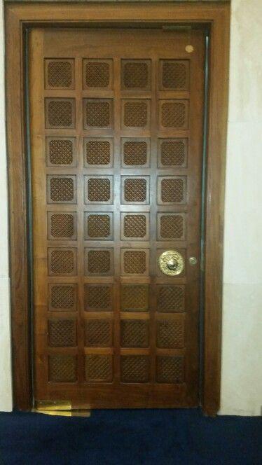 Inside door of the kuwait grand mosque April 2015   Doors I