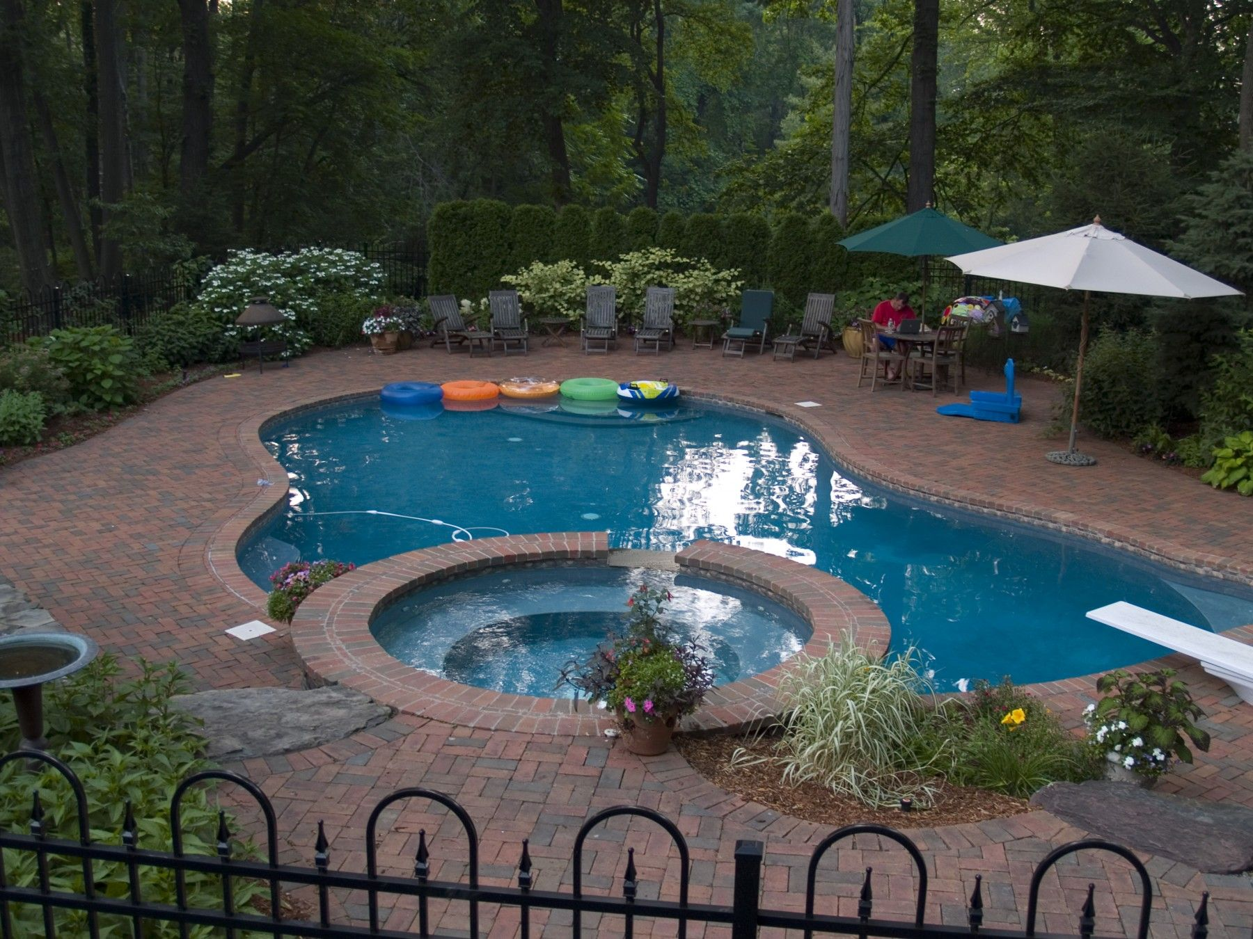 before designing a swimming pool its important to keep swimming pool design trends for 2014 in mind weve compiled some of the bigger trends for you to - Garden Design Trends 2014