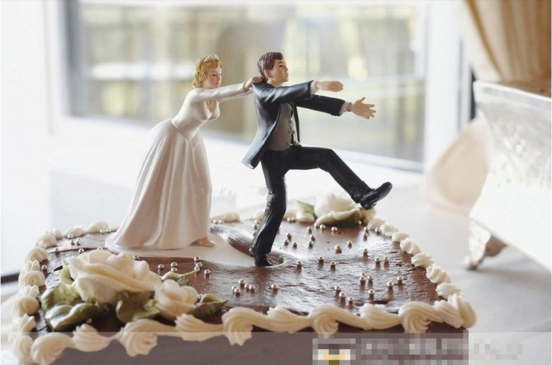 Come Back Bride And Groom Funny Wedding Cake Topper In 2018