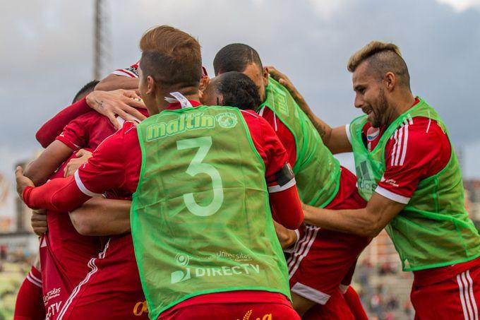 ¡Ya hay finalista! Caracas FC venció por penales al Dvo La Guaira #Deportes #Fútbol