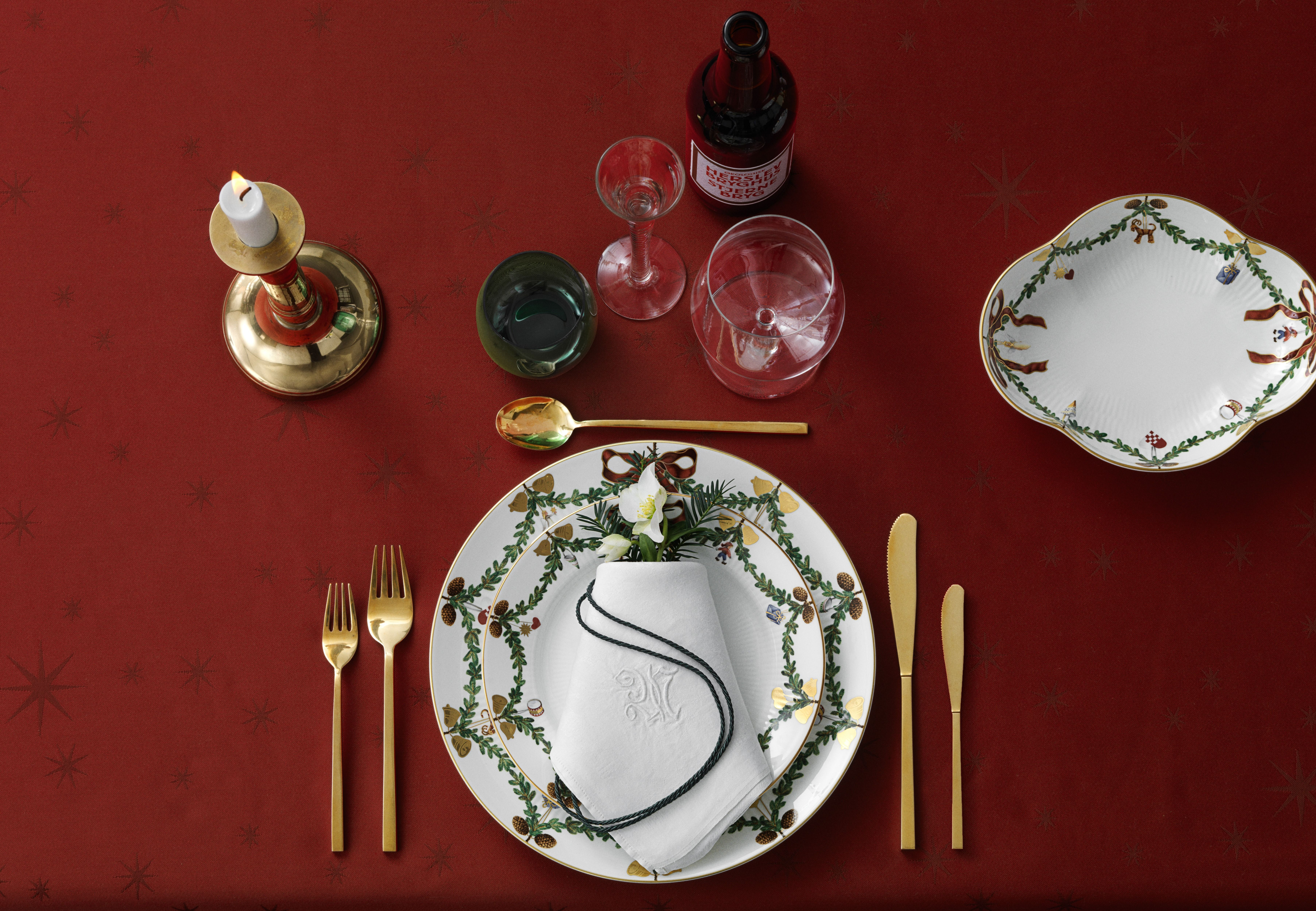 With Star Fluted Christmas Royal Copenhagen Copenhagen Christmas Christmas Table Settings