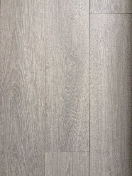 I Have 13 Boxes Left Of Lovely 12mm Scandinavian Oak Laminate Wood