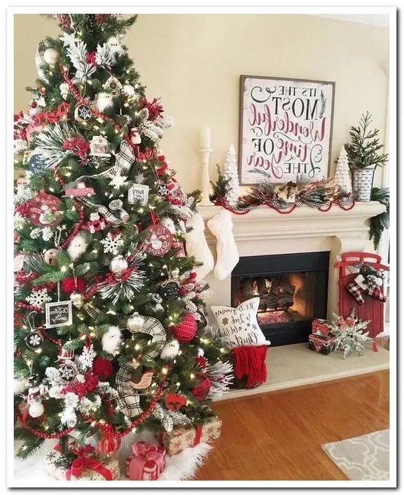12 Inspiring Decoration Ideas For Holiday Event Dorm Room Wall Decor Ribbon On Christmas Tree Christmas Decorations