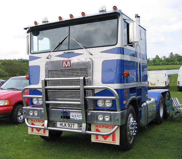 Craigslist Cabover Freightliner: Camionnette, Véhicules