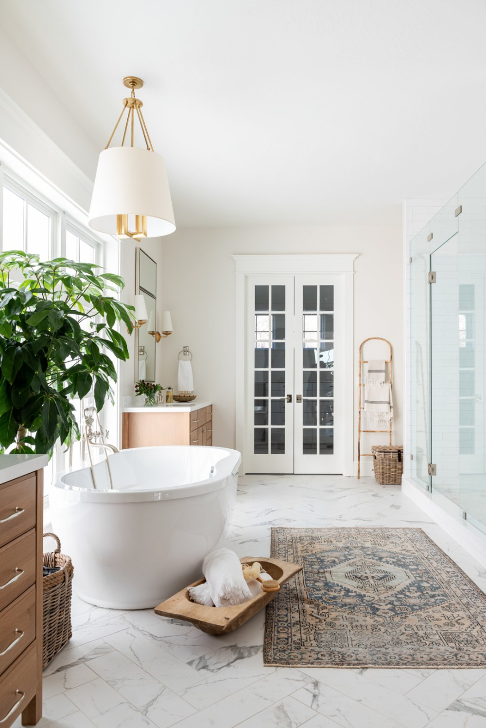 Dreamy Texture Filled Master Bath in 2020   Bathrooms ...