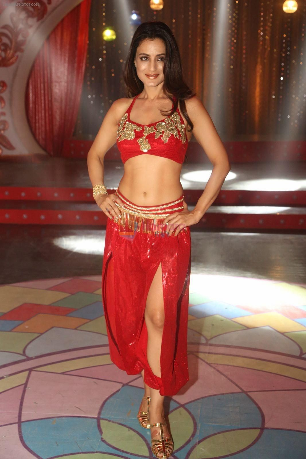 Ameesha Patel 2016 ameesha patel on location of a south indian movie on 25th