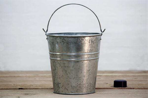 Galvanized Slim Storage Pail Pail Bucket Tin Buckets Small Buckets