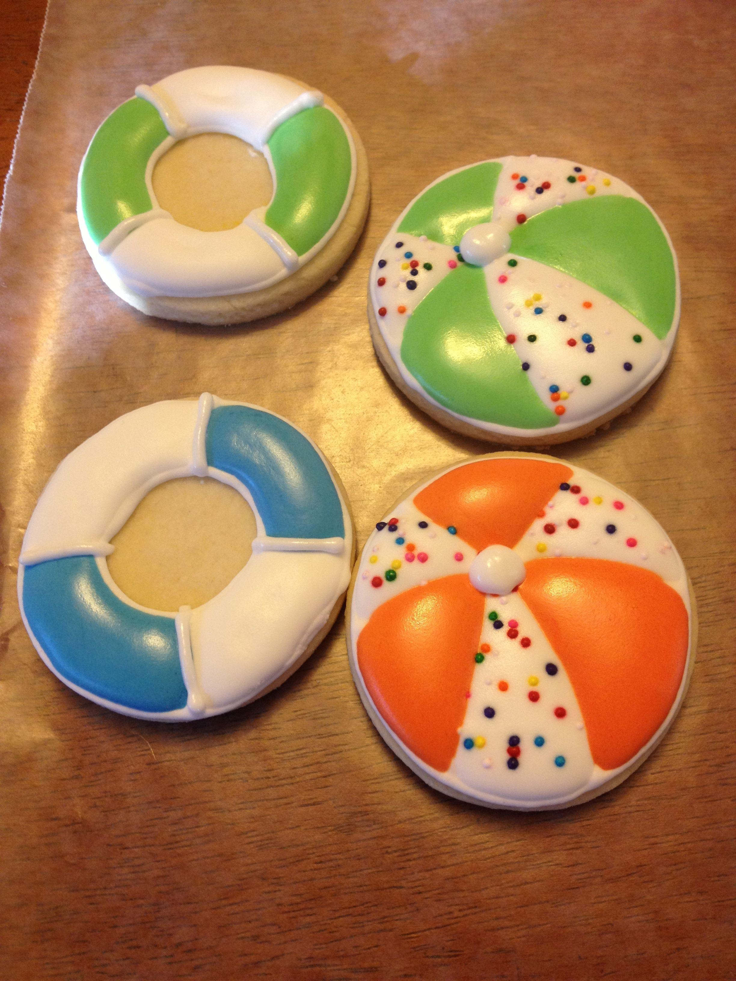 Beach ball and life preserver cookies for G   Summer ...