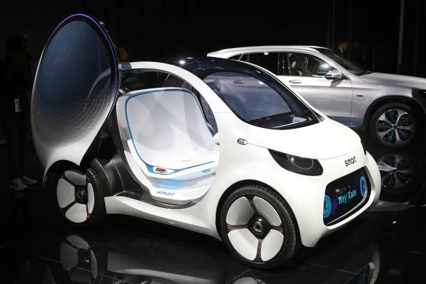 Smart Vision EQ Fortwo Autonomous Electric Concept Car Stands On - Car show wheel display stands