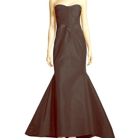 BRAND NEW ZAC POSEN Beautiful brand new ZAC POSEN GOWN. Tags still attached! $4900 gown Zac Posen Dresses
