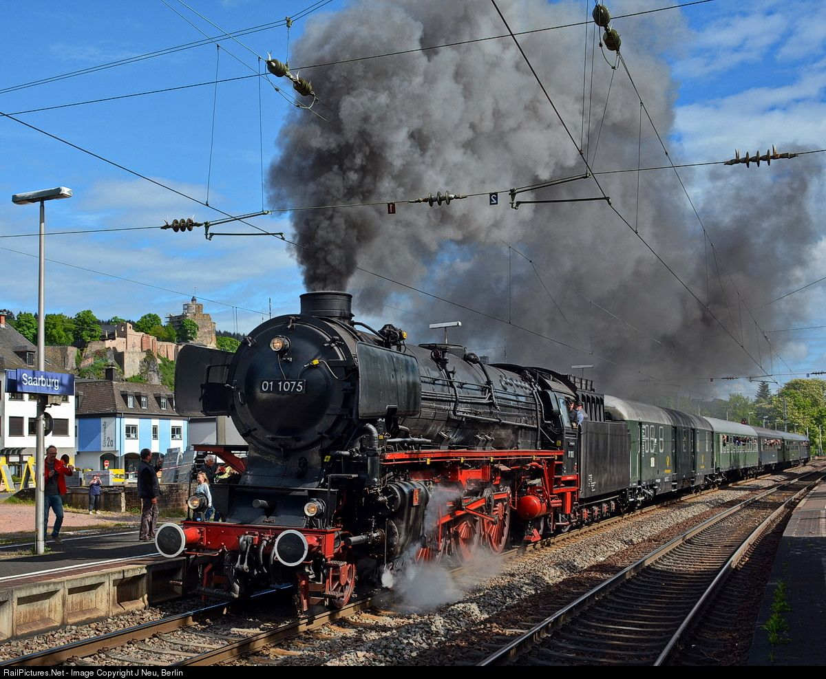 01 1075 Deutsche Bahn AG Steam 462 at Saarburg, Germany
