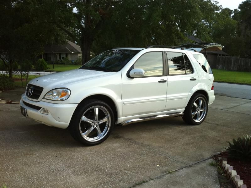 Mercedes benz ml350 rims mercedes benz ml350 rims i put for Mercedes benz hats sale