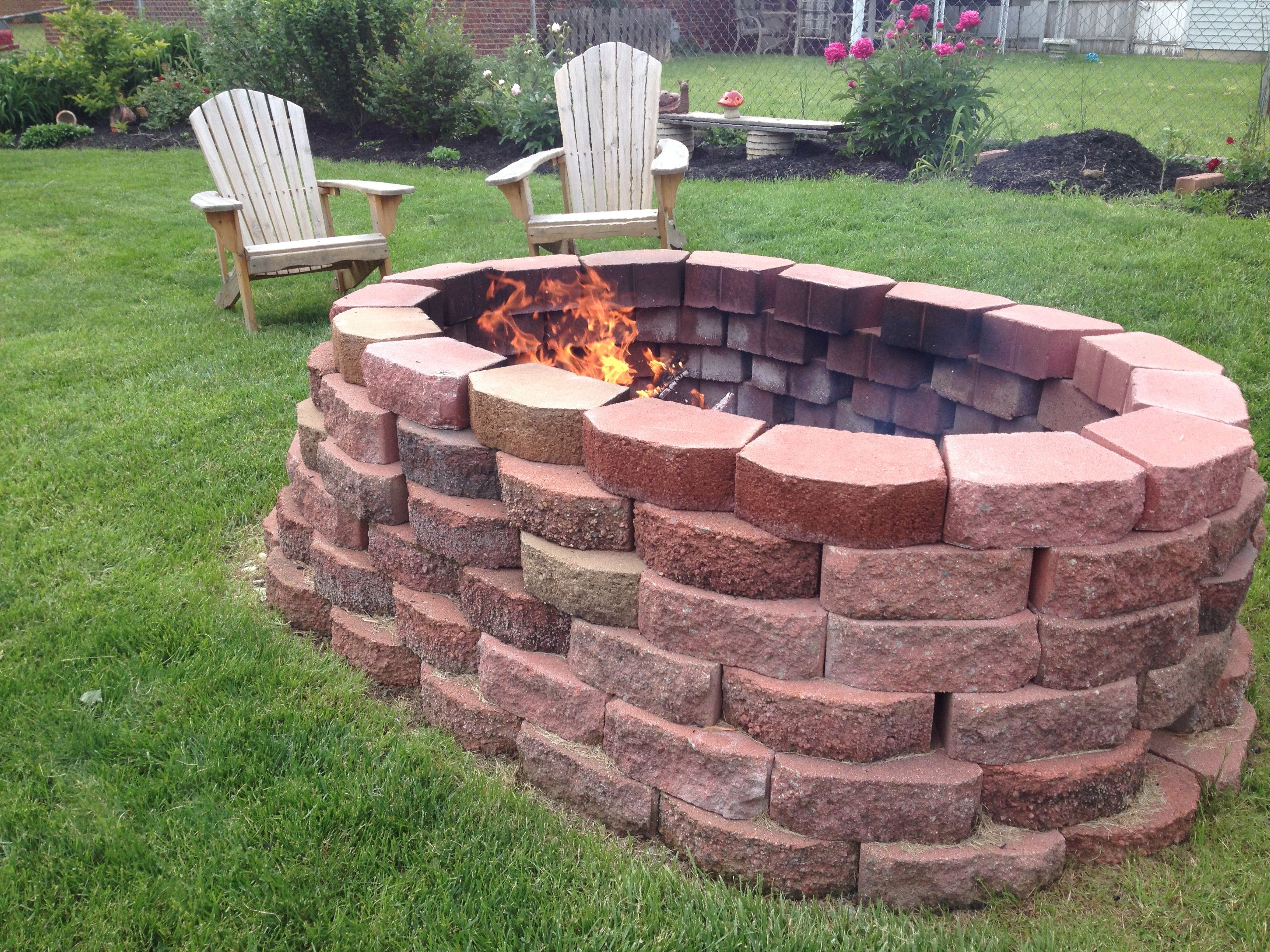 Do it yourself fire pit you buy the bricks from lowes for Buy outdoor fire pit