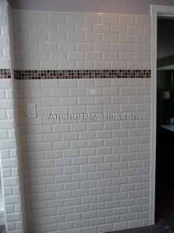 Subway Tile With Square Glass Mosaic Accent Bathroom Tilingbathroom Ideasbungalow