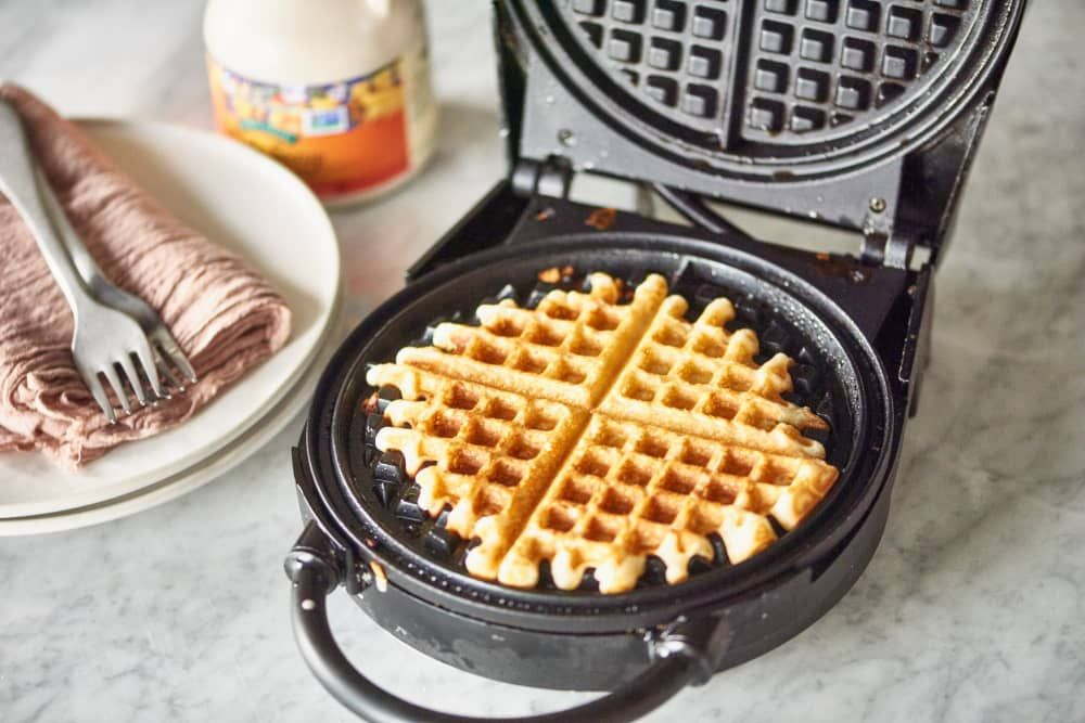 How To Clean An Impossibly Gross Waffle Maker Waffle Iron Waffles Waffles Maker