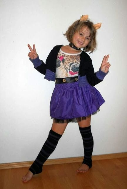 Monster High Clawdeen Wolf costume  sc 1 st  Pinterest & Monster High Clawdeen Wolf costume | DIY | Pinterest | Wolf costume ...