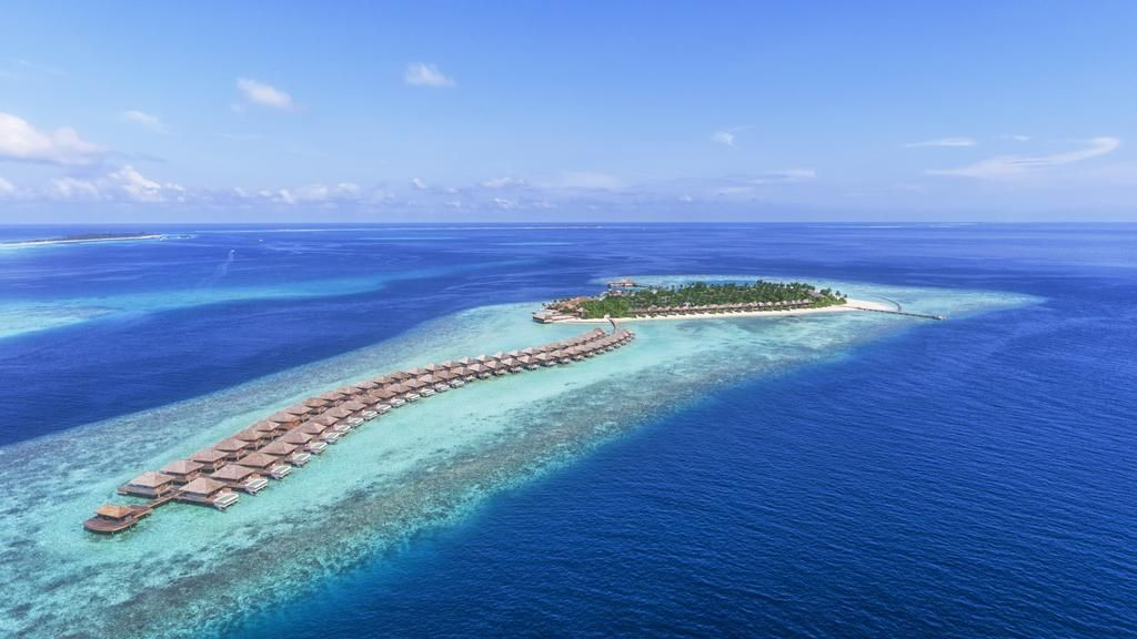 Booking Com Hurawalhi Island Resort Kuredu Maldives 86