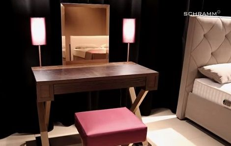 Interieur Kaptafel Styling : Schramm kaptafel lampen lade spiegel kruk eiken hout accent met