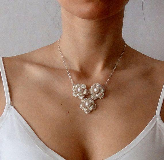 Crochet wire floral necklace   Ideas Bonitas   Pinterest   Collares ...