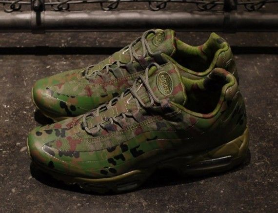 new product 2dcd6 5b004 nike air max 95 camo country japan 04 570x437 Nike Air Max 95 Country Camo  Japan. Find this Pin and more ...