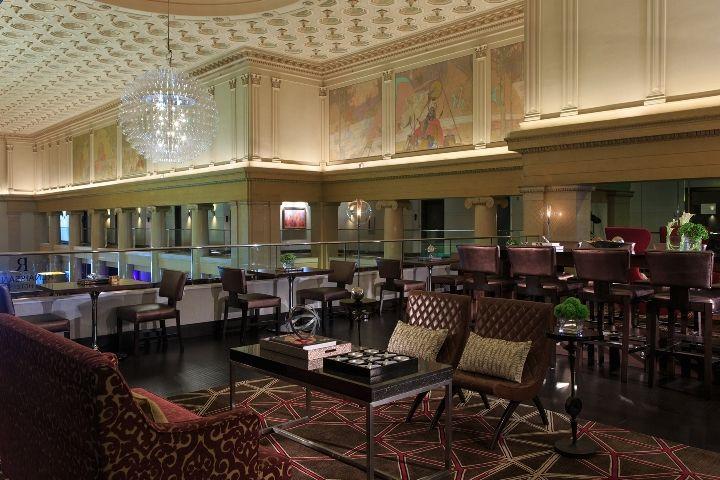 Club_Lounge_Renaissance Denver Downtown