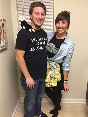Friends Tv Show Halloween Costumes Ideas.18 Unique Diy Couples Costumes Based On Your Favorite Tv