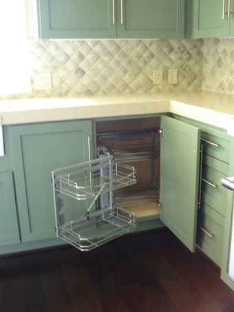 Best Easy Access Into A Blind Corner The Shelves Swing Out To 640 x 480
