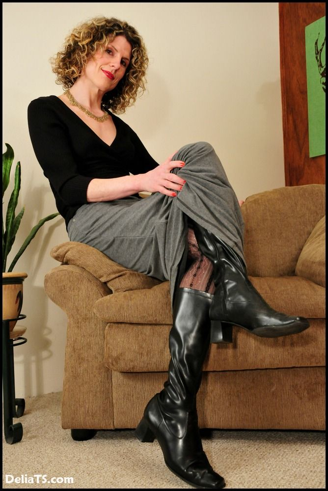 Mature with boots movies