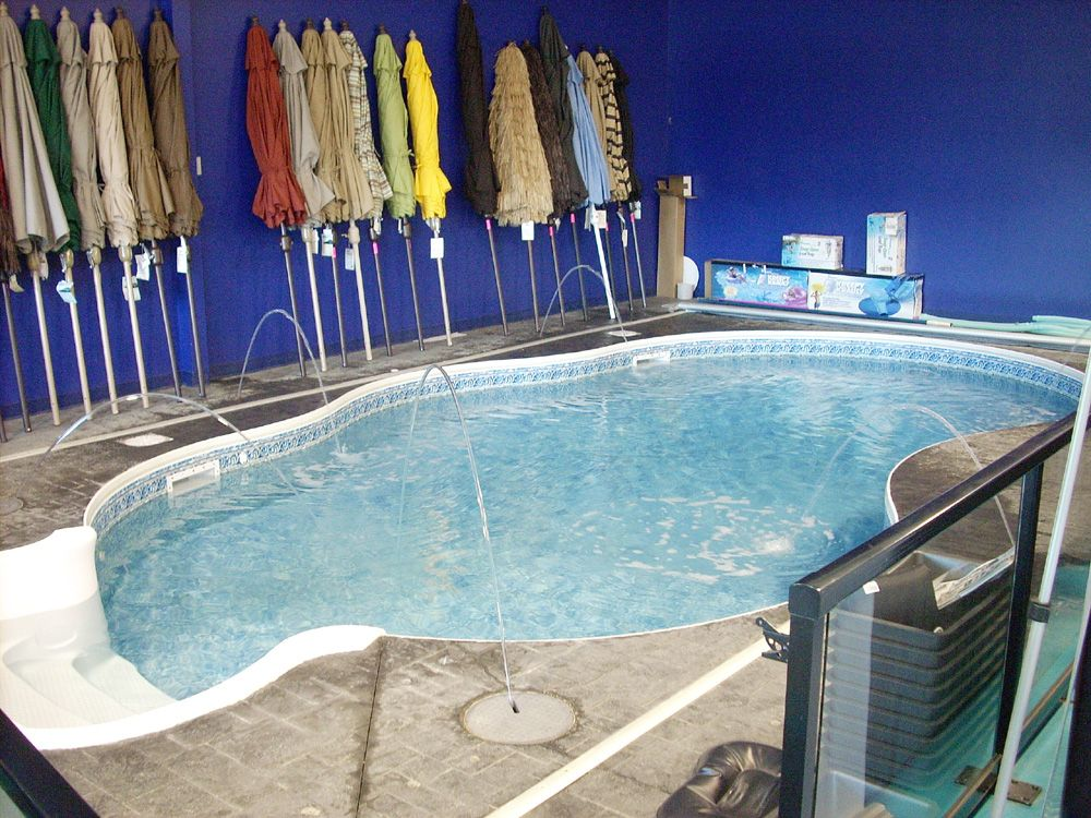 Hot Tub Showrooms visited by www.canadianhottubretailer.com ...