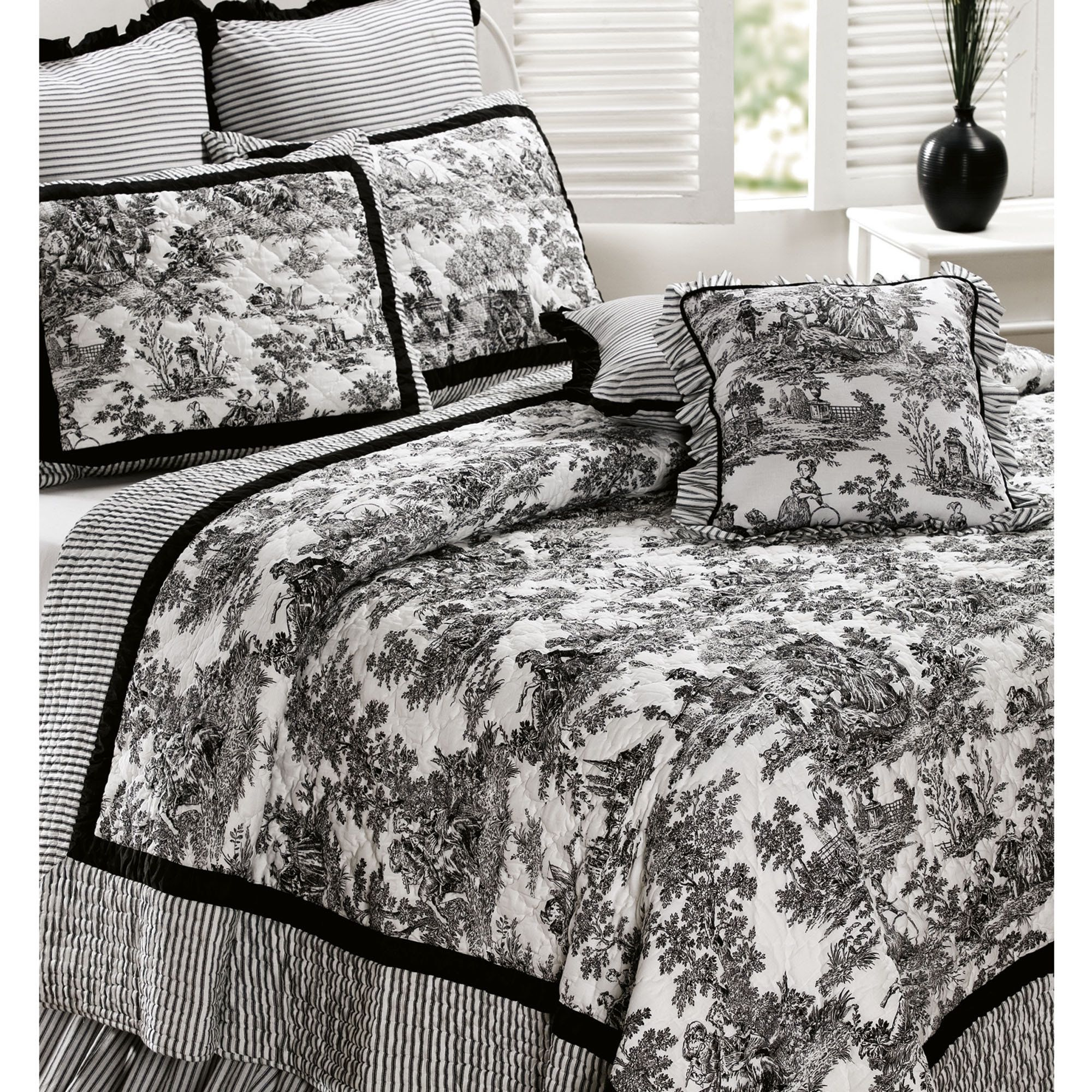 Bedroom Decorating Ideas Totally Toile: Toile De Jouy Cotton Quilt Bedding