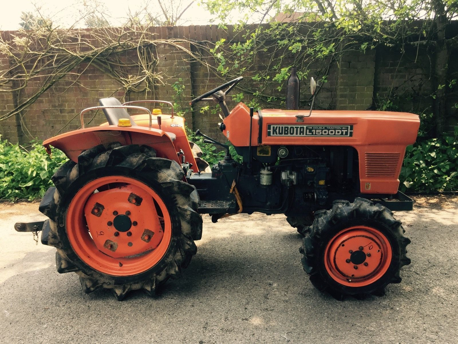 4x4 Large Diesel Compact Tractor Rotovator Grass Topper