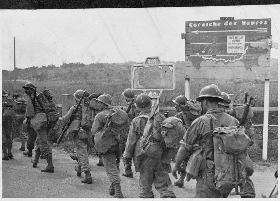 Le Debarquement De Provence Aout 1944 France Var Montee En Ligne Des Troupes De L Armee B Apres Leur Debarqueme French Army World War Two Military Diorama
