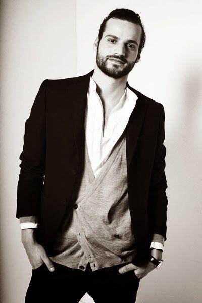 © Moda Glamour Italia: Giorgio Armani: Continua il suo sostegno, a favore...