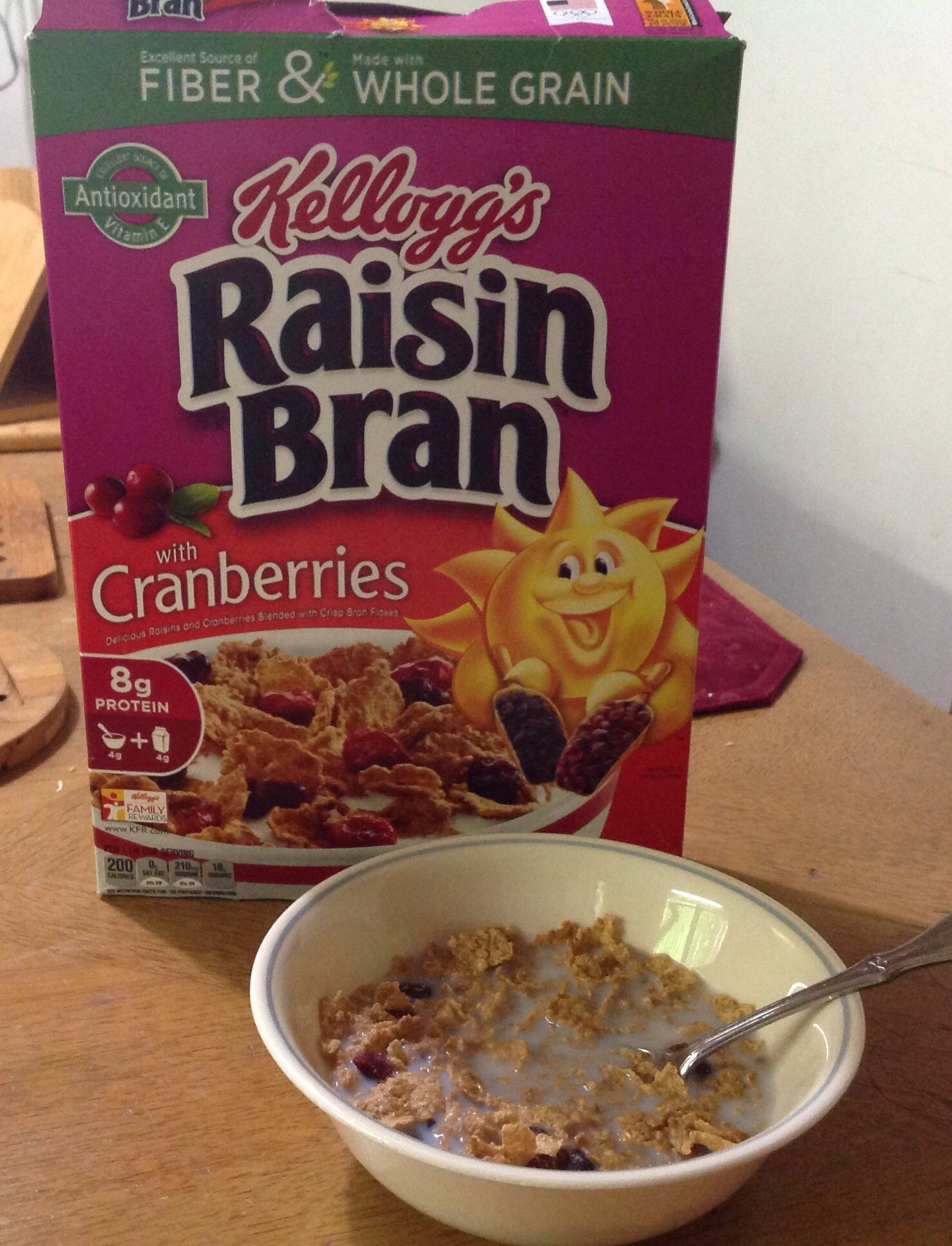 Love this as both a breakfast cereal and yogurt topper. I received a free box from Smiley 360 in exchange for my opinion/review. #FreeSample