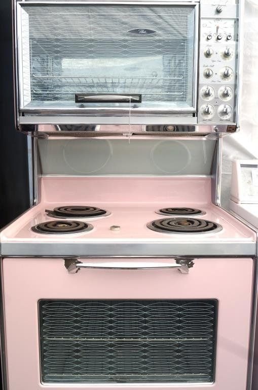 Mid Cen 1962 Pink Frigidaire Stove Aug 25 2013 California Auctioneers In Ca Frigidaire Stove Vintage Oven Pink Kitchen Decor