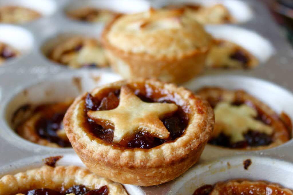Homemade Mince Pies Recipe Bigger Bolder Baking Baking
