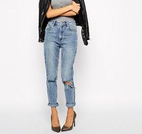Achetez ASOS - Farleigh - Jean mom slim taille haute à délavage vintage  avec déchirures aux genoux sur ASOS. Découvrez la mode en ligne. 1c6c5e9313d5