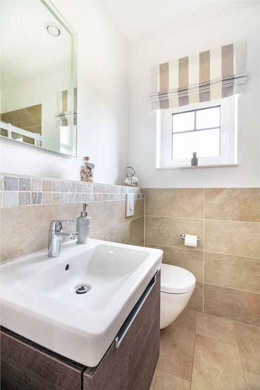 G stebad mit waschbecken in landhaus mit sylter charme for Waschbecken landhaus