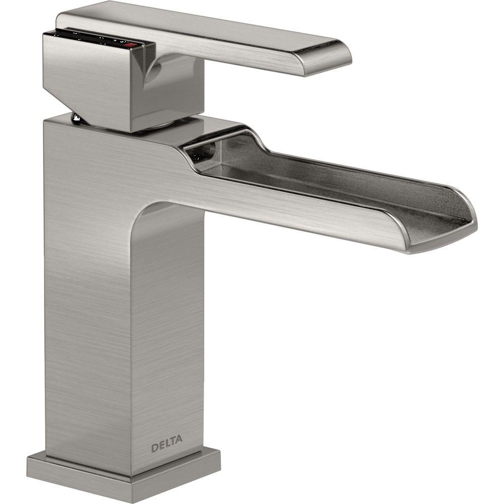 Delta Faucet 568LF-LPU Ara Polished Chrome One Handle Bathroom ...