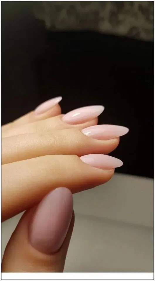 100 Popular Fall Nail Colors For Page 4 With Images Pink Nails Perfect Nails Oval Nails