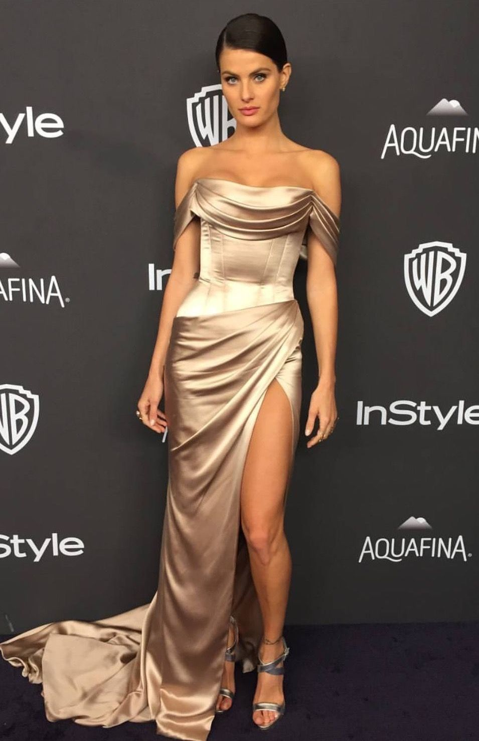 c1b7997399b Isabeli Fontana in Ralph Russo at the Golden Globes After-party on January  10