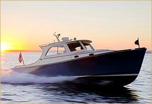 Love me a Hinkley boat...