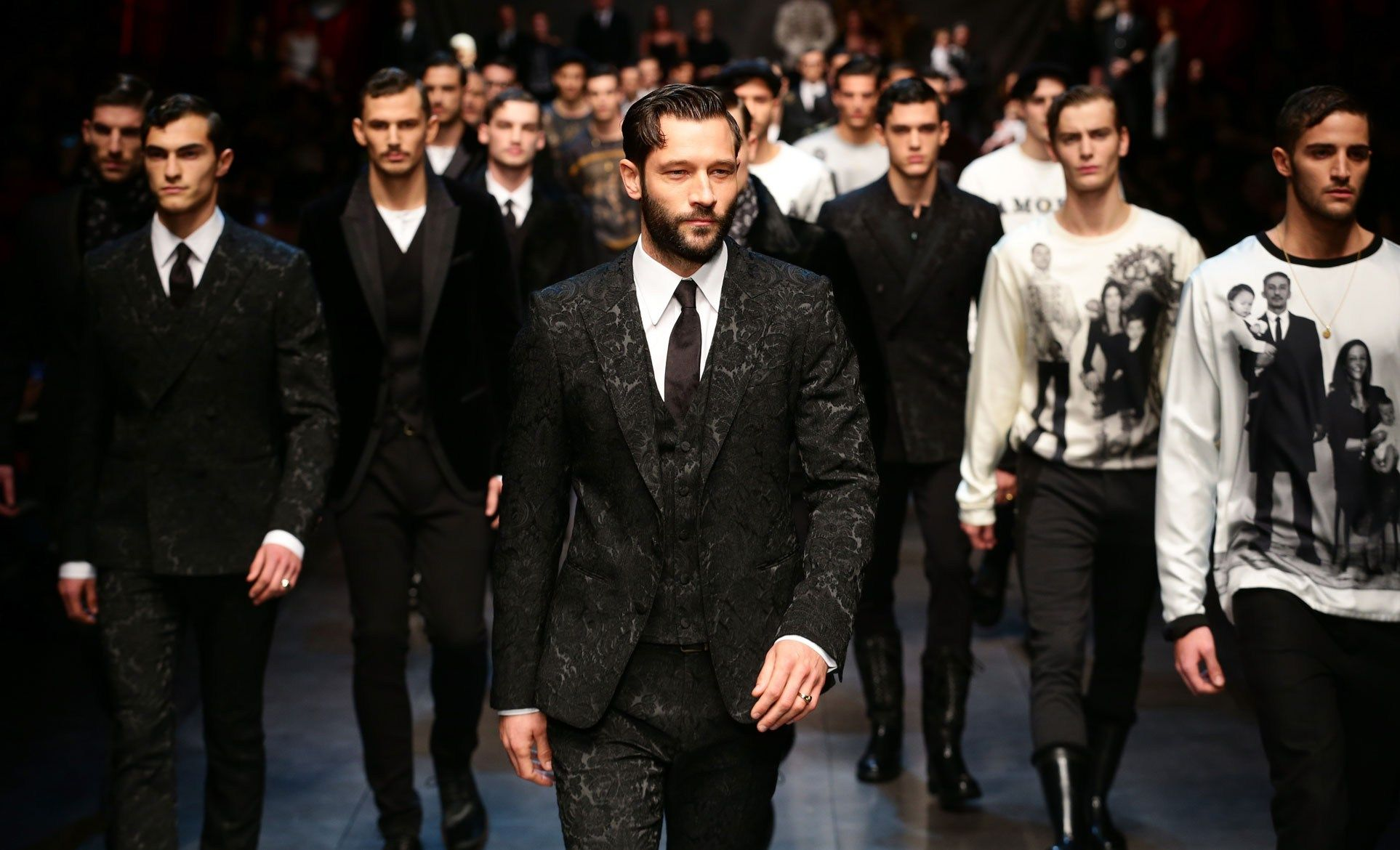 Show report: Dolce & Gabbana prefers its family photos in black and white (and grey and red) - GQ.co.uk
