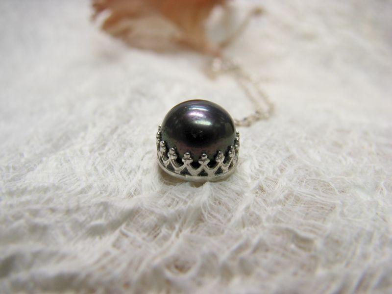 Kette und Ohrstecker Krone Silber mit Perle von Querbeads Atelier auf DaWanda.com