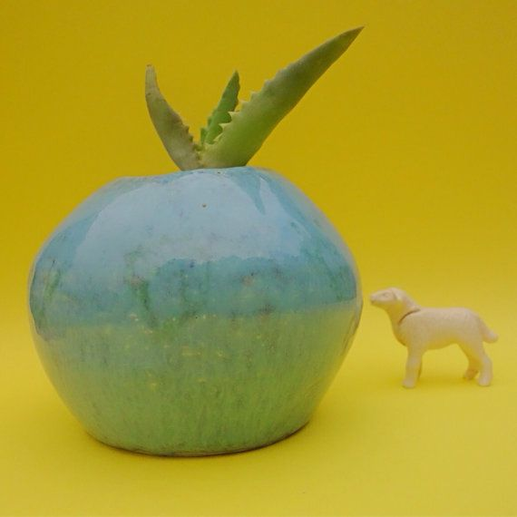 Blue ceramic plant pot // Round succulent by Minkymooceramics, $20.00