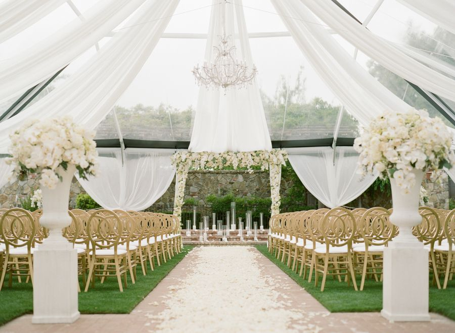 AllWhite Vineyard Wedding With a Touch of Glam Luxury