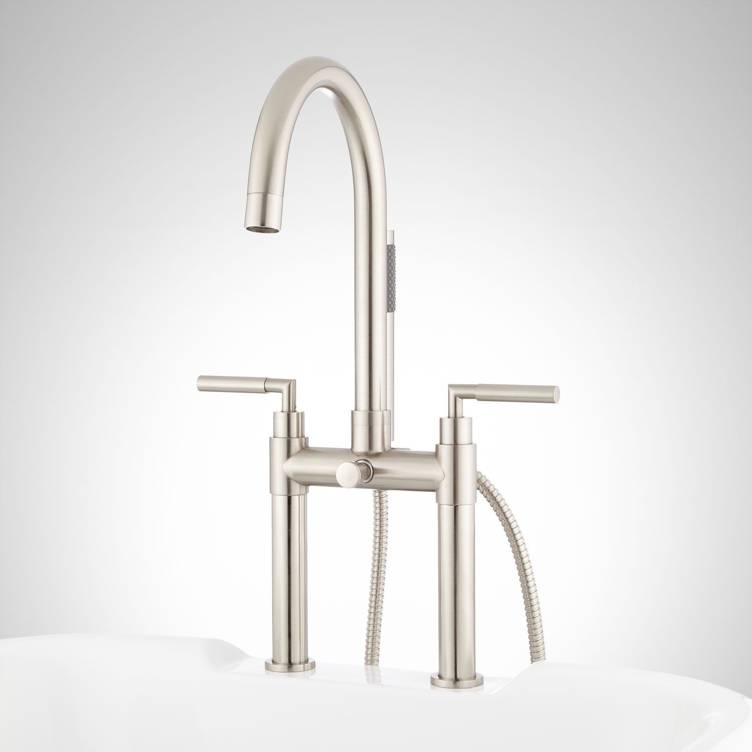 Desma Deck Mount Tub Faucet And Hand Shower With Images Tub Faucet