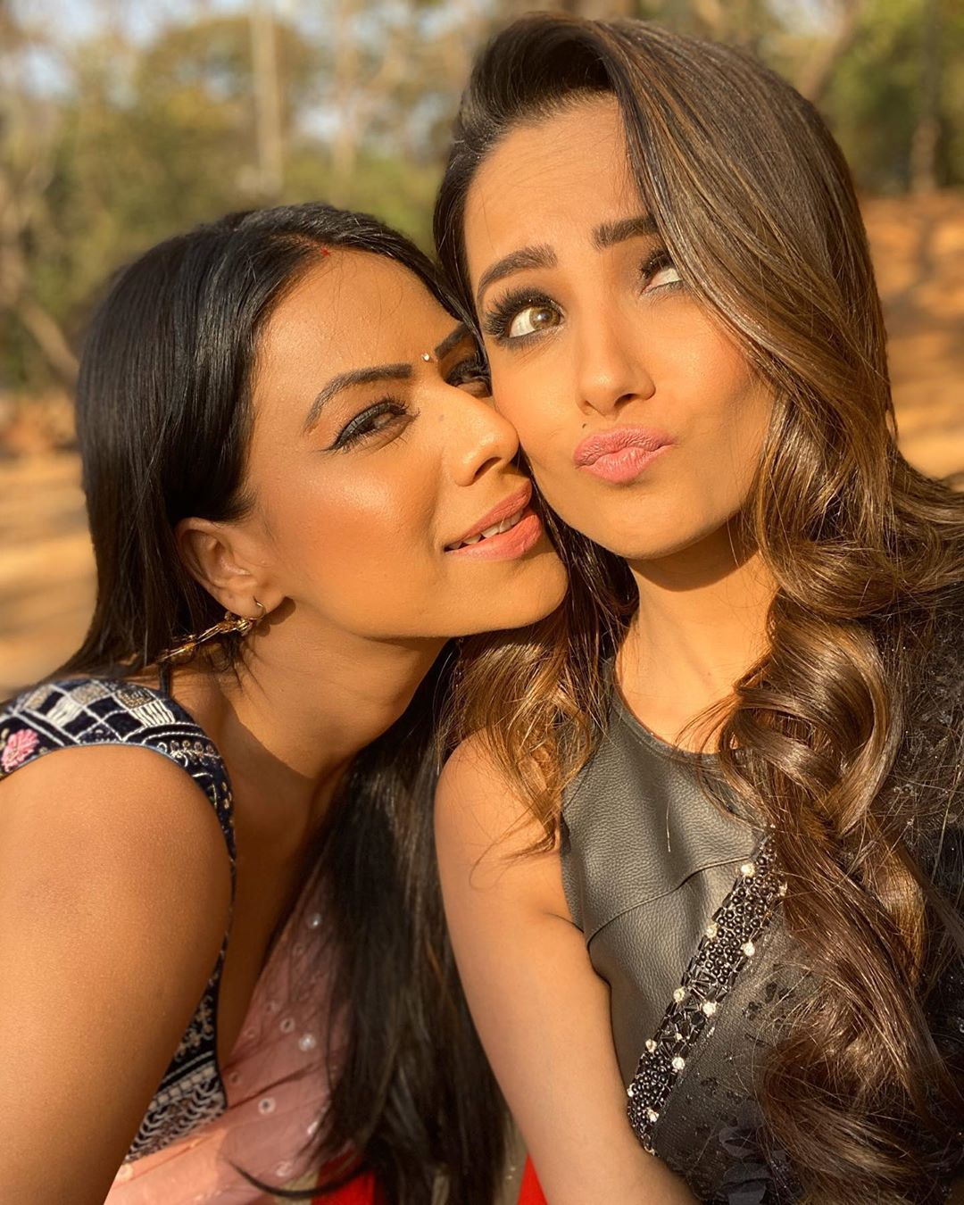103 9k Likes 277 Comments Anita H Reddy Anitahassanandani On Instagram Kiss For Miss His Beautiful Bollywood Actress Stylish Girl Pic Indian Tv Actress
