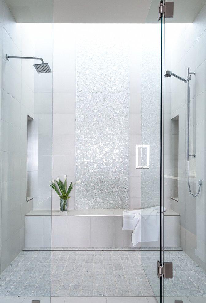 Pin By Leslie Huber On Bath Ideas Bathroom Remodel Shower Shower Remodel Bathroom Interior